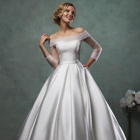 一字肩婚礼服新娘 新款修身显瘦七分长袖缎面拖尾婚纱欧式