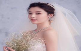 疯狂特惠!全套婚纱加新娘跟妆1680元