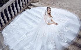 艾米丽爱诺婚纱套餐【不含跟妆】