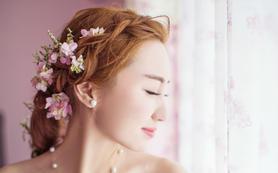 【店长推荐】总监档化妆师跟妆+亲友妆+免租伴娘服