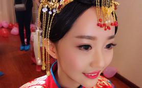【洛丽塔美妆造型】继续童颜微晶妆容白纱+2套造型