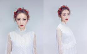 首席全天跟妆+3件婚纱礼服=5999全场任选