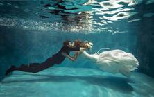 游艇、水下等15个场景全拍、包邮、赠送全新婚纱