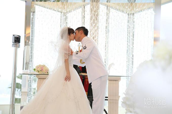 广岛王子水晶教堂婚礼,乐惟海外婚礼重庆店