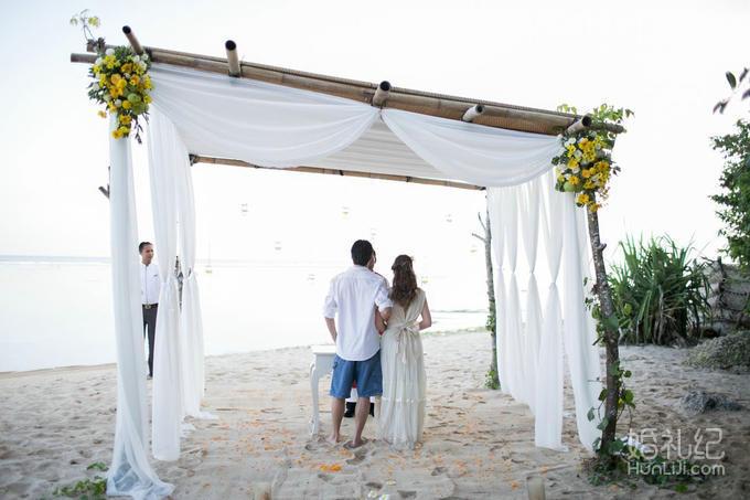 乐惟海外婚礼重庆店,巴厘岛萨玛贝珍珠教堂婚礼