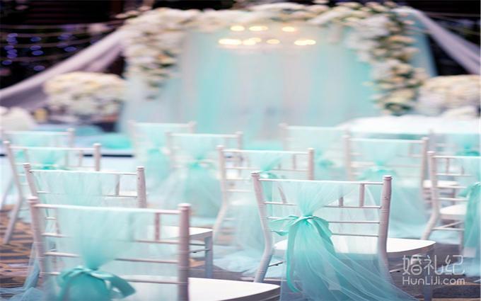 翱宇高端定制 户外婚礼 ——蒂芙尼浪漫户外婚礼