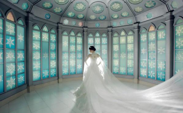 乐惟海外婚礼重庆店,北海道雪之教堂婚礼 简约风