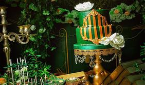 皇城豪门酒店《为爱加冕》婚礼布置