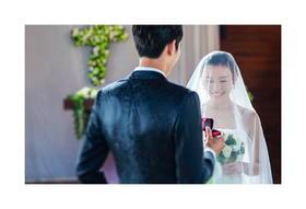 小清新欧式婚礼教堂拍婚纱照