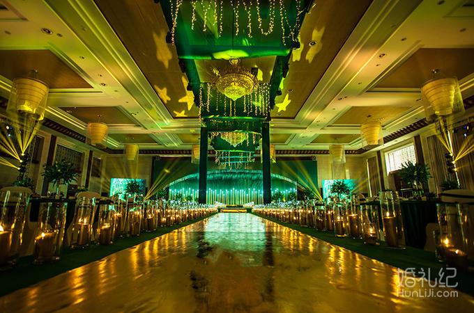 美纪婚礼【下单即送婚礼单机位摄影】 绿色狂想曲