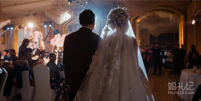 宫廷风小公举婚礼 三机位+摇臂高清单反套餐