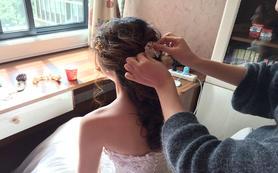 【大羽化妆】专业化妆师全天跟妆 送亲友妆