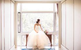 小仙女量身打造套餐--婚纱4件套--完美婚礼必备