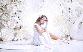 【La Reine婚纱礼服高级定制】简洁缎面主纱
