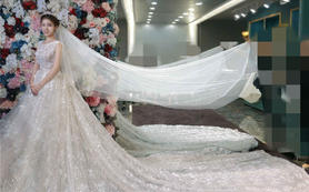 朗慕婚纱—薇尼雅,优雅的修身鱼尾