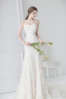 【给你的白】抹胸婚纱礼服   唯一的爱