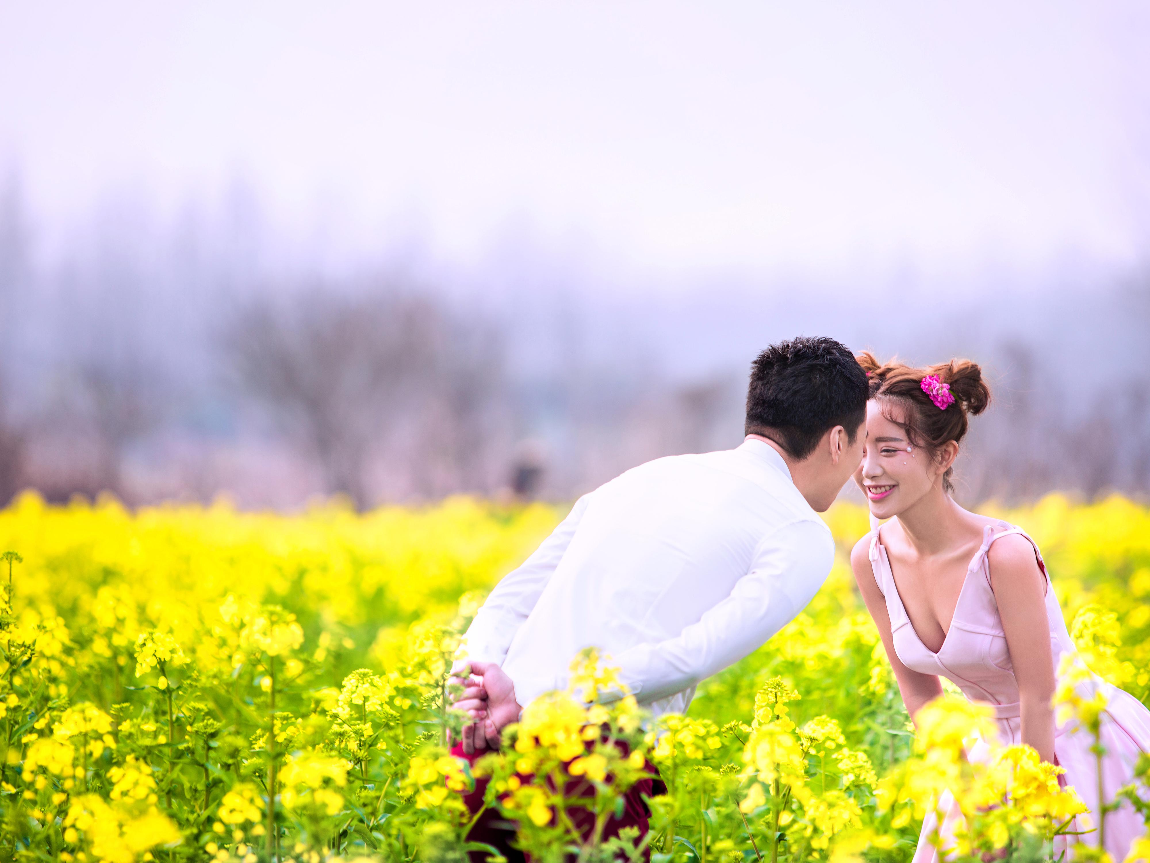小清新油菜花农场婚纱照