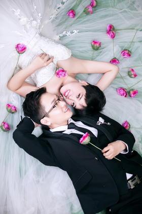 韩式短发婚纱客片分享-宋亚品夫妇