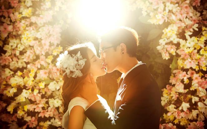 蒙娜丽莎视觉国际婚纱摄影——梦娜之恋系
