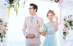 伊啦婚纱摄影-花海+夜景+游艇出海+品质套餐