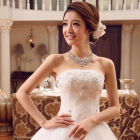 齐地抹胸婚纱礼服