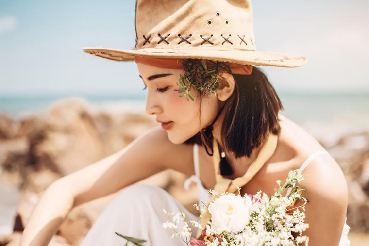 尚羽婚纱摄影--海岸礁石
