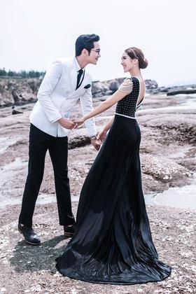 ONETIME旅拍海景礁石婚纱照