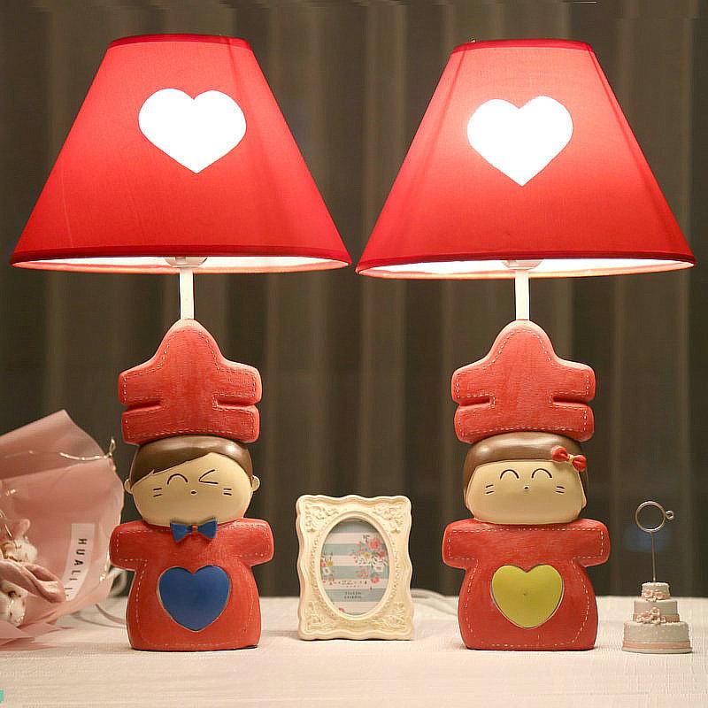 喜娃婚庆台灯卧室床头灯红色婚房台灯创意时尚可爱温馨结婚礼物