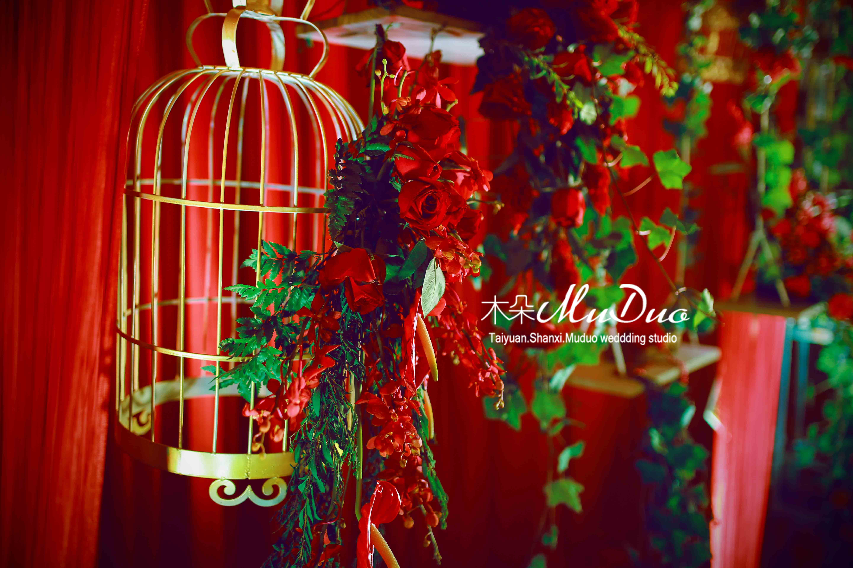 欧式红色婚礼布置