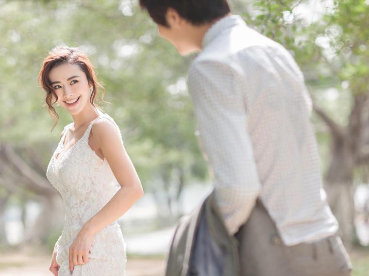 唯一视觉春风十里不如你森系婚纱照