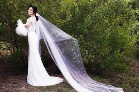 唯美草坪婚纱照
