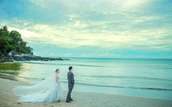 普吉岛旅拍看着海景踩着沙滩(赠送住宿4晚)