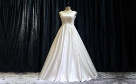 奢华质感的缎面大拖尾婚纱 自主生产支持定制与改版