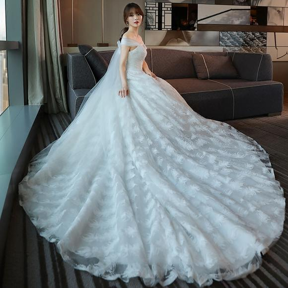 婚纱礼服 新款一字肩长拖尾韩式新娘结婚公主简约大码婚纱