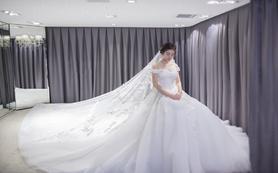 【名堂婚纱】超值租赁4件套系 全款送水晶鞋