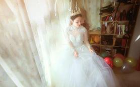 宫廷公主高领长袖蓬蓬裙蕾丝婚纱