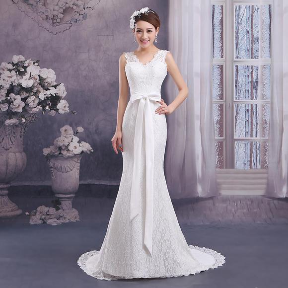 新款婚纱礼服韩式蕾丝时尚显瘦拖尾收腰鱼尾性感V领
