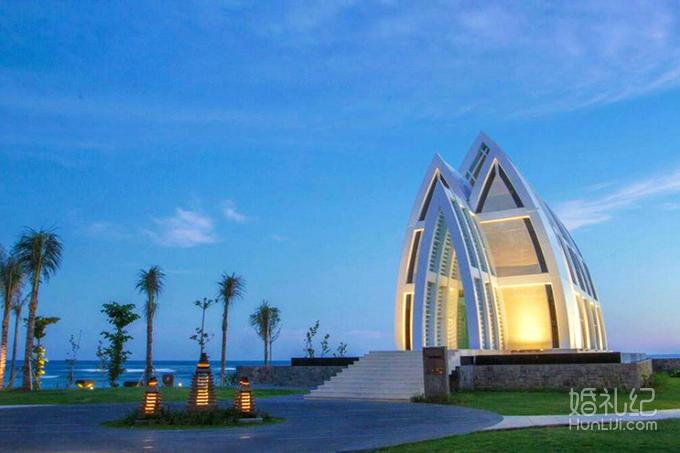 巴厘岛丽思卡尔顿马杰斯蒂教堂婚礼