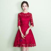 限时促销!2018新款酒红色短款修身显瘦韩式中袖晚礼服女