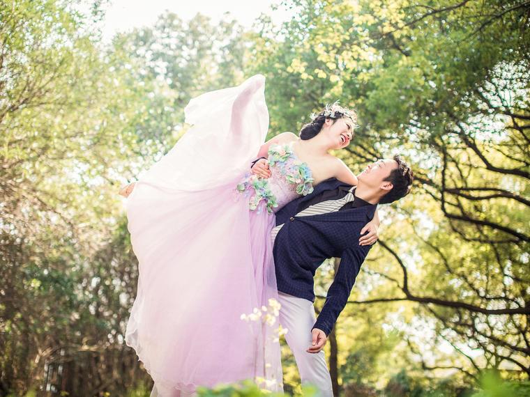 叶恋夫妇的森系婚纱照欣赏