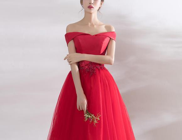 新款上市!新款春夏季红色短款显瘦一字肩结婚小礼服