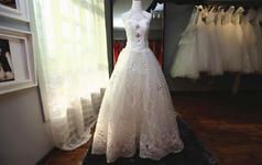 《MARRY》系列婚纱四件套出门纱+敬酒服+伴娘