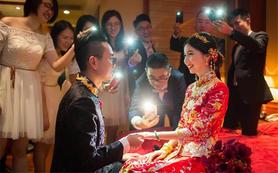 首席化妆师新娘跟妆+婚纱+妈妈妆