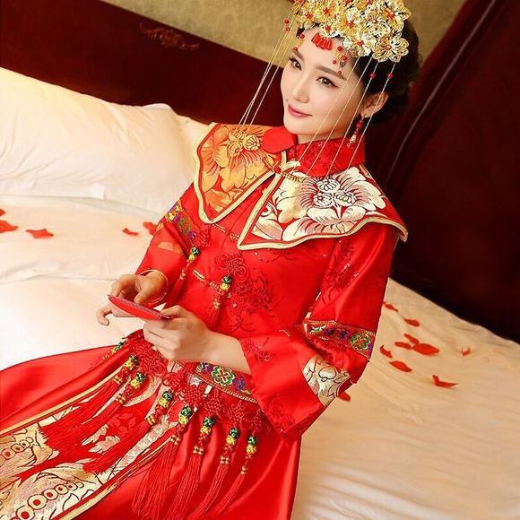 秀禾服 新款新娘结婚礼服嫁衣中式礼服龙凤褂红色旗袍敬酒