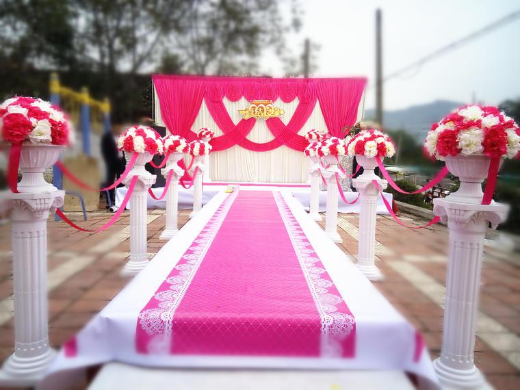 眉县喜缘婚庆农村室外玫红色婚礼