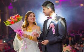 钜惠首席婚礼套餐—全天化妆+单机摄影+单机摄像