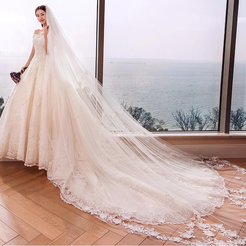 大拖尾婚纱礼服图片 选择你的专属婚纱
