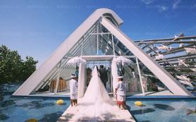 巴厘岛+教堂婚礼+悦榕庄白鸽教堂+爱塔罗婚礼礼包