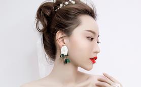【芭莎新娘汇】---专家化妆师