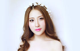 MIUMIU | 婚礼全程跟妆 高级化妆师